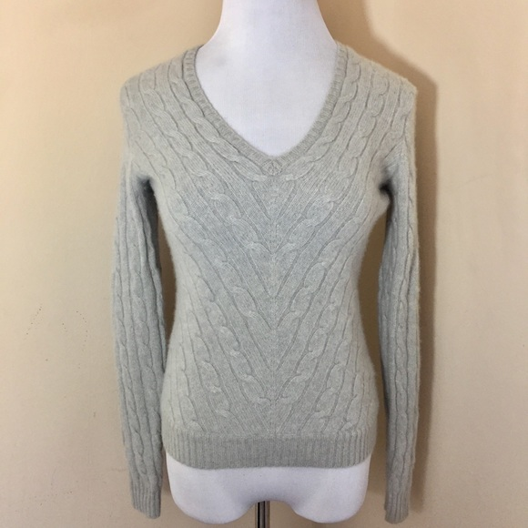 72d39412064525 Ralph Lauren || 100% Cashmere Cable Knit Sweater. M_5a77796b36b9dee33f9f07bc